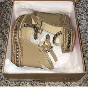 nude cataclou louboutin 120m Worn once. Size 39